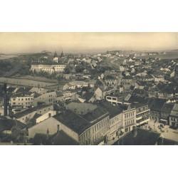 Pohled z věže na baziliku a Týn 1938