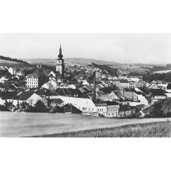 Pohled z Mariánky na náměstí a Kanciborek